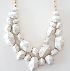 EUC Kate Spade marble necklace